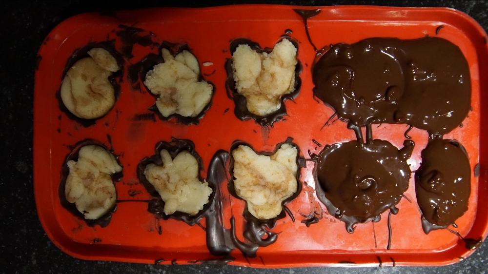 marzipan bonbon