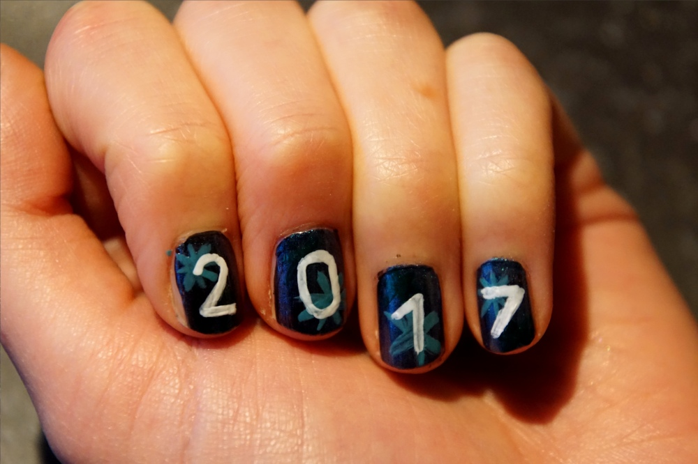 NewYearsEve nails left step 3