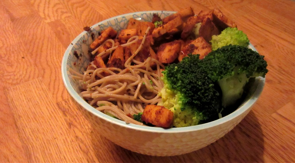 Noodle bowl with spicy peanut tofu and broccoli.2