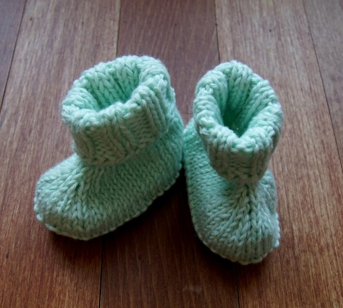 Baby booties knit mint.2
