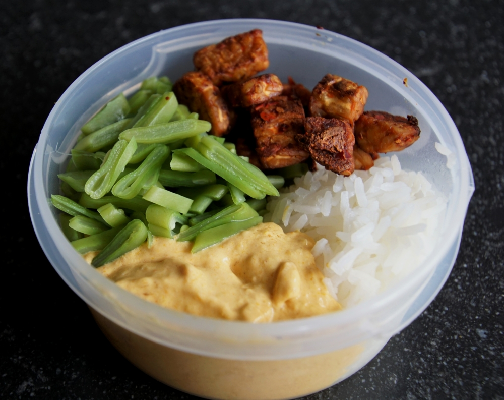 Mangocurry meal prep detaill shot.2