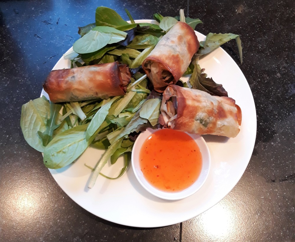 Vegan crispy vegetable spring rolls 2