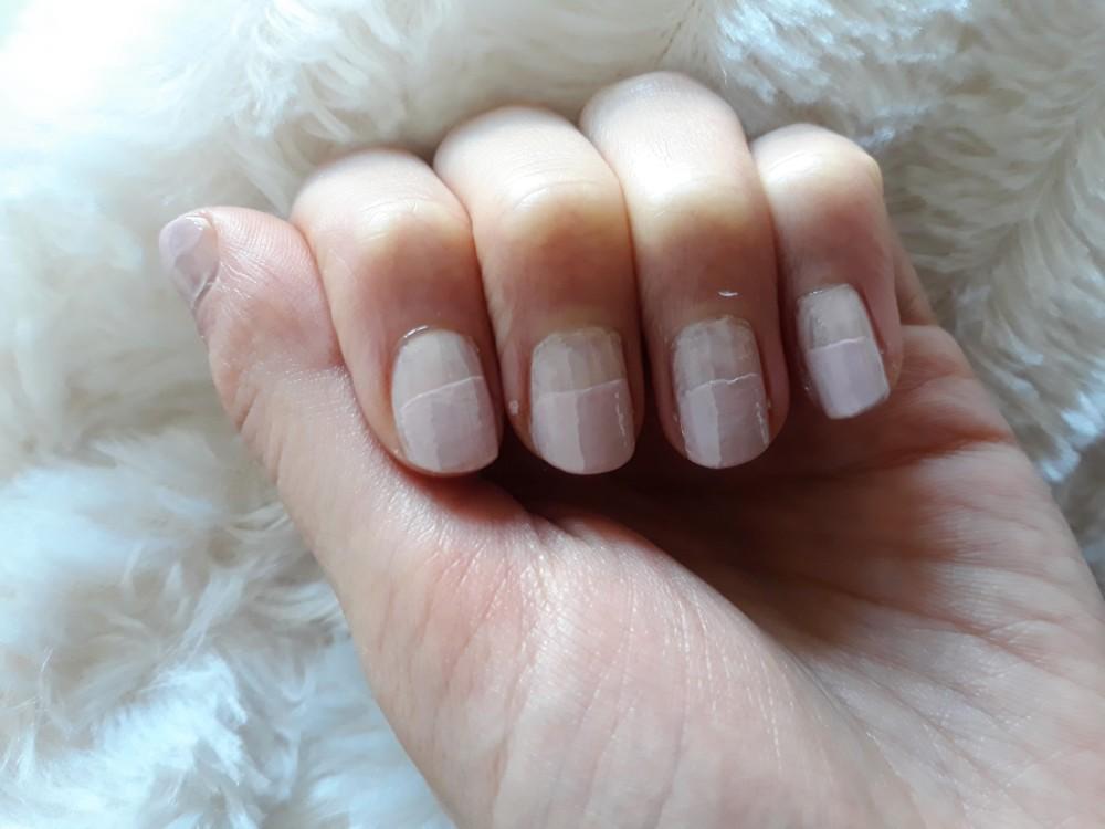 sprinkles nail art pink frosting