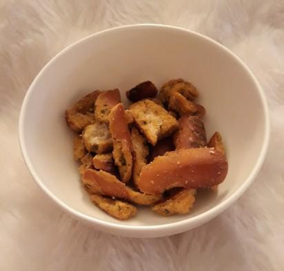 Snyders of hannover jalapeno pretzel piece