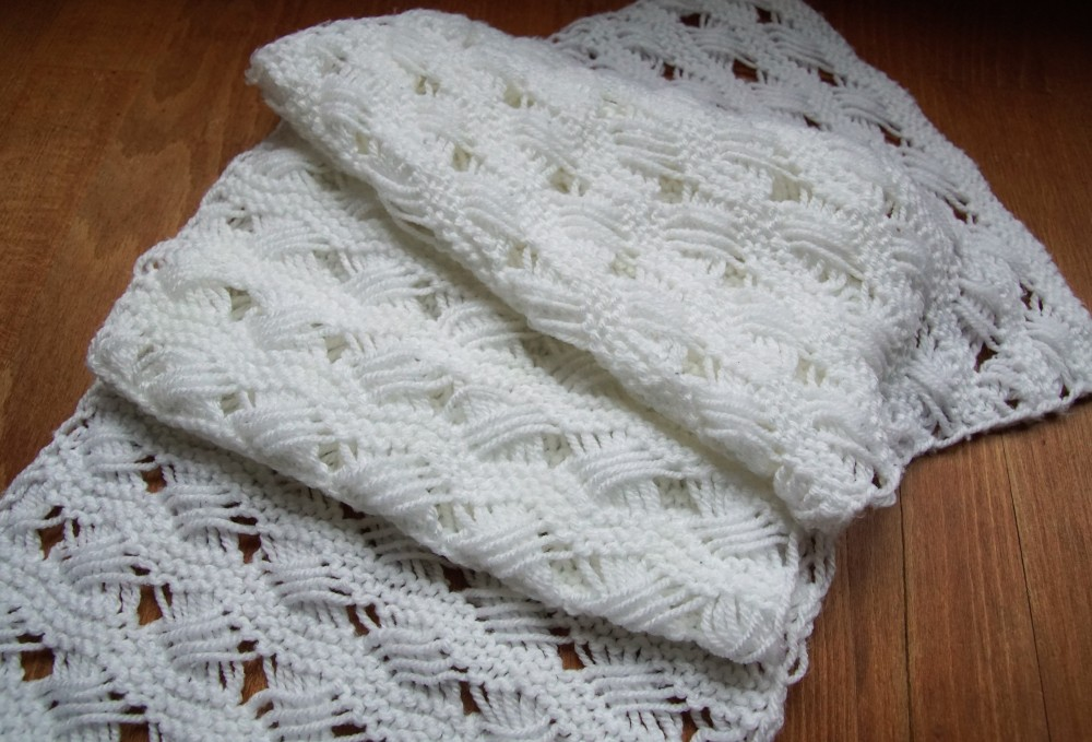 Cross stitch sea shell scarf 2