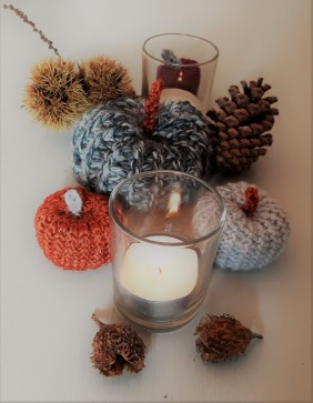 Autumn table decoration crochet pumpkin 2